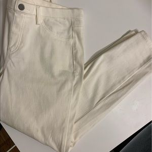 NWOT  2 sizes available White Jeggins